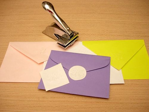 Stationery Embosser: How to line an envelope