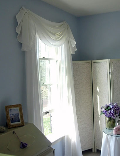 Window Treatment made using a tablecloth