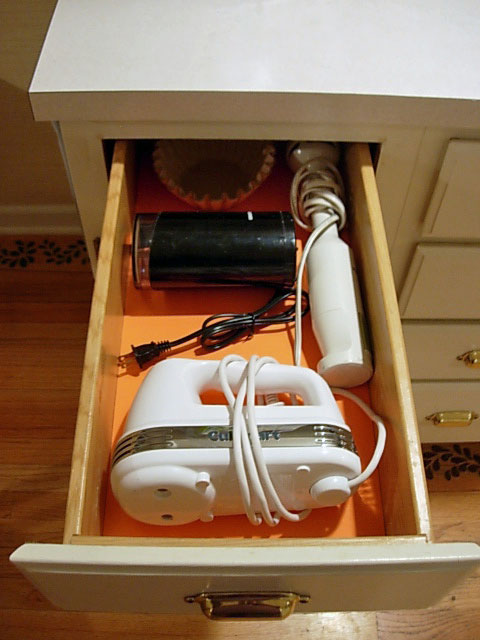 Kitchen-Drawer-Organizing Ideas