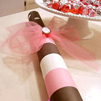 How-To Make a Valentine Gift Tube