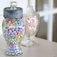 How to Paint a Faux Zinc Finish on a Candy Jar Top Made With a Tuna Can