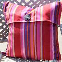 How to Make a No Sew Pillow Cover Using Dishtowels