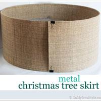Modern + Minimalist Christmas Tree Skirt