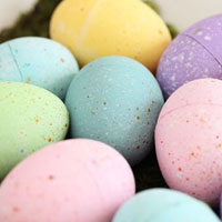 Chalk Painted Easter Eggs