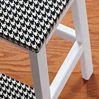 How to make a Houndstooth duct tape step stool