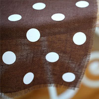 Fall Table Setting Idea: Burlap and Polka Dot Table Runner