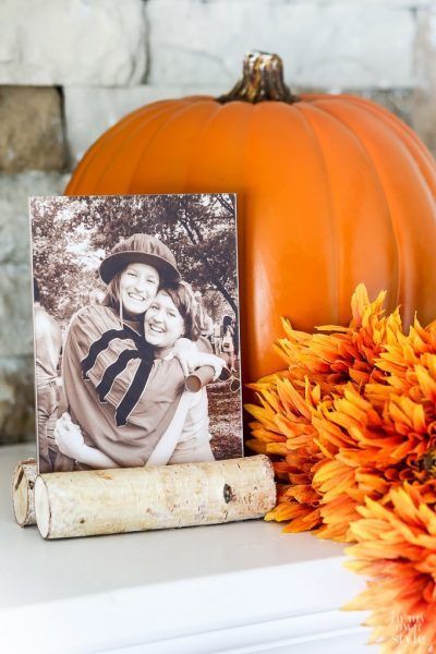 Fall Photo Frame That Can Be Made In Minutes