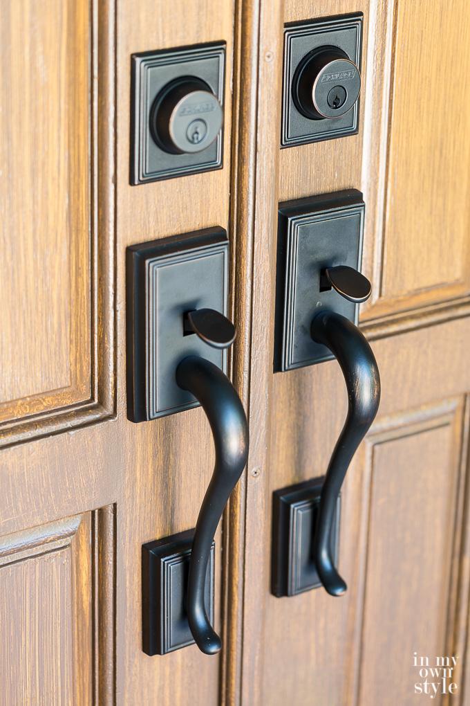 Bronze double door knobs