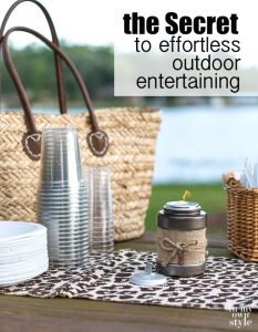 Outdoor entertaining tips that will make have an outdoor party effortless and fun for you as the hostess.