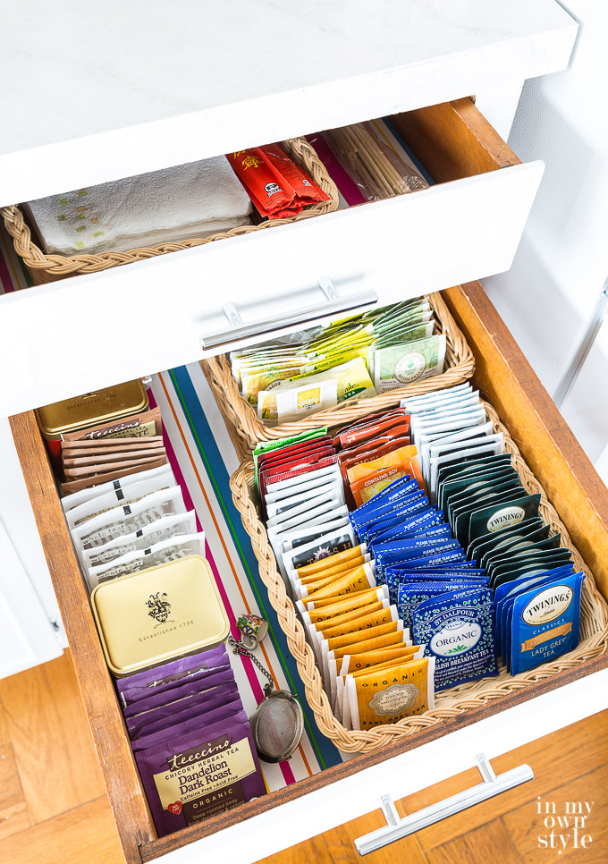 """How To Line A Drawer With Paper Or Cloth """"class ="""" wp-image-45014 """"srcset ="""" https://inmyownstyle.com/wp-content/uploads/2017/09/How-to-line-a-drawrer- with-paper-or-fabric-202.jpg 680w, https://inmyownstyle.com/wp-content/uploads/2017/09/How-to-line-a-drawrer-with-paper-or-fabric-202 -211x300.jpg 211w """"sizes ="""" (maximum width: 680px) 100vw, 680px"""