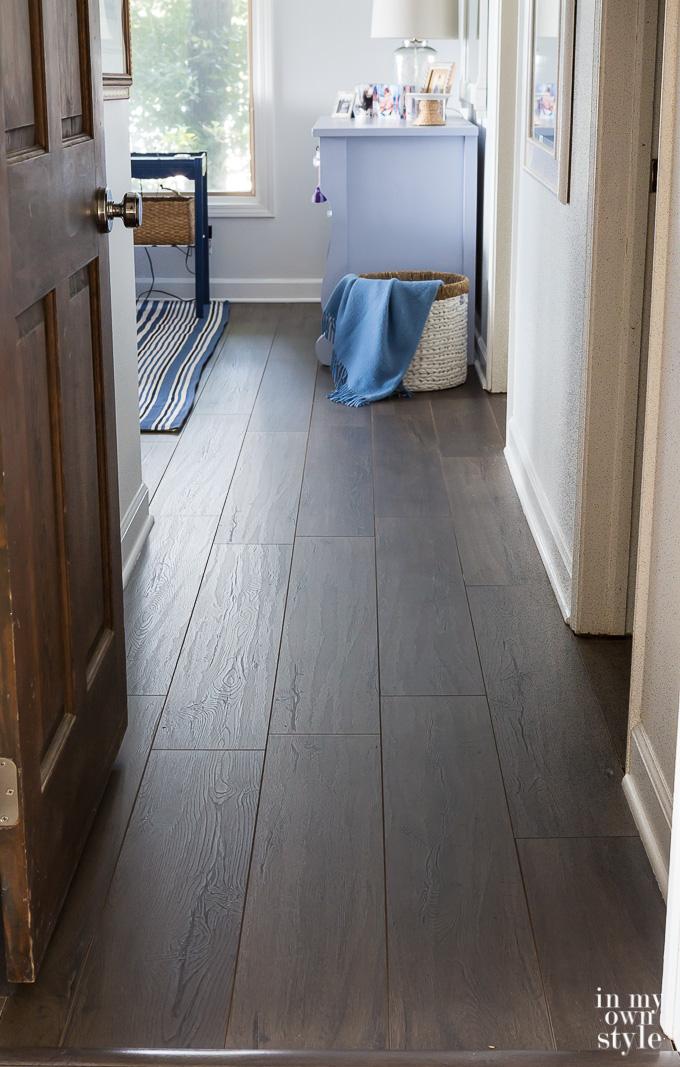 Master Bedroom Urbanwood Laminate Floor