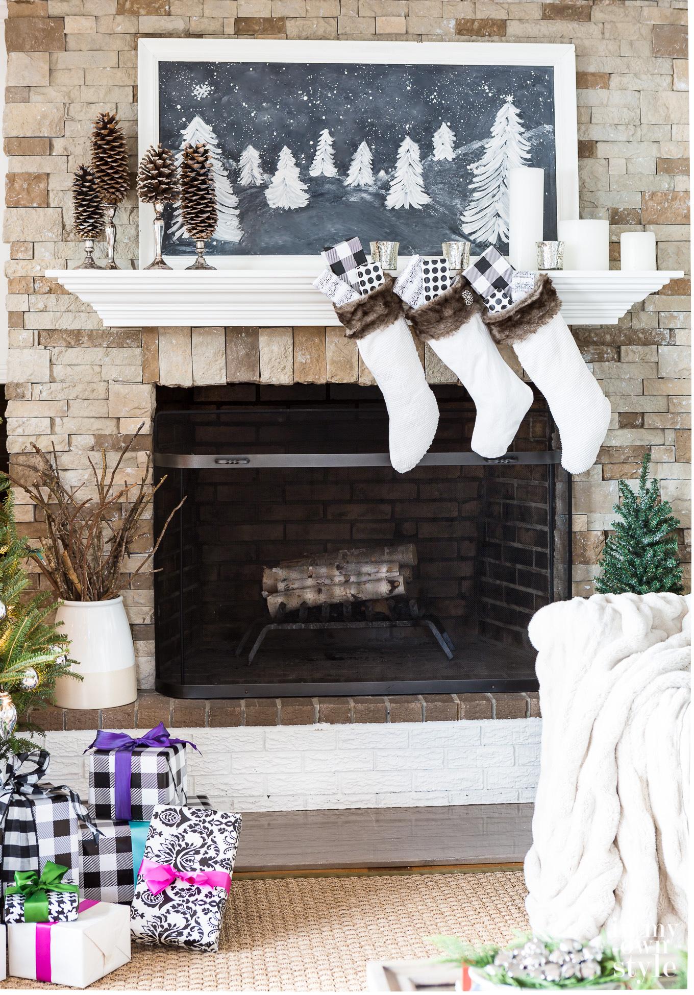 Christmas-Living-Room-Decorating-Ideas