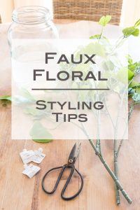 How-to-arrange-fake-flowers-in-a-modern-way