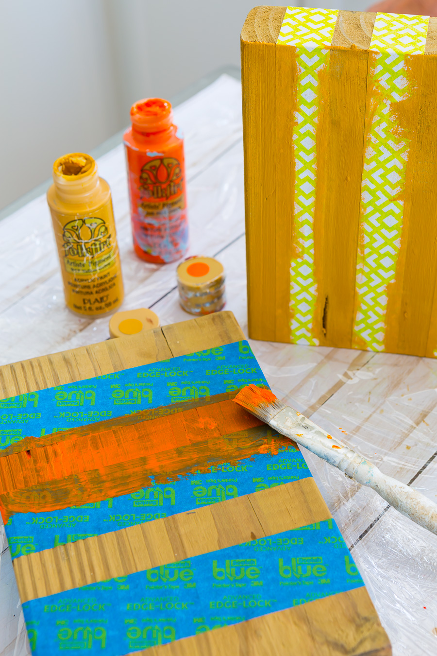 How to paint stripes on a block of wood to make a photo frame