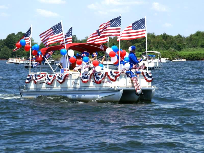 4th of July on Lake