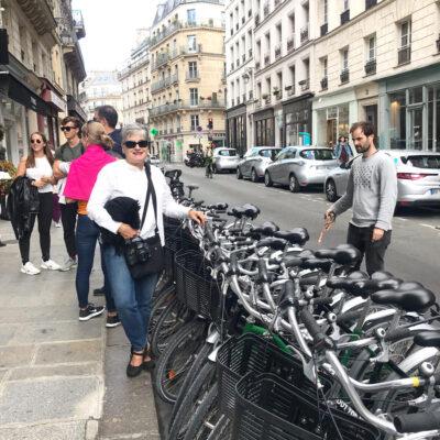 Touring Paris by bicycle